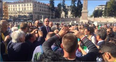 مظاهرات فى إيطاليا ضد الدوحة