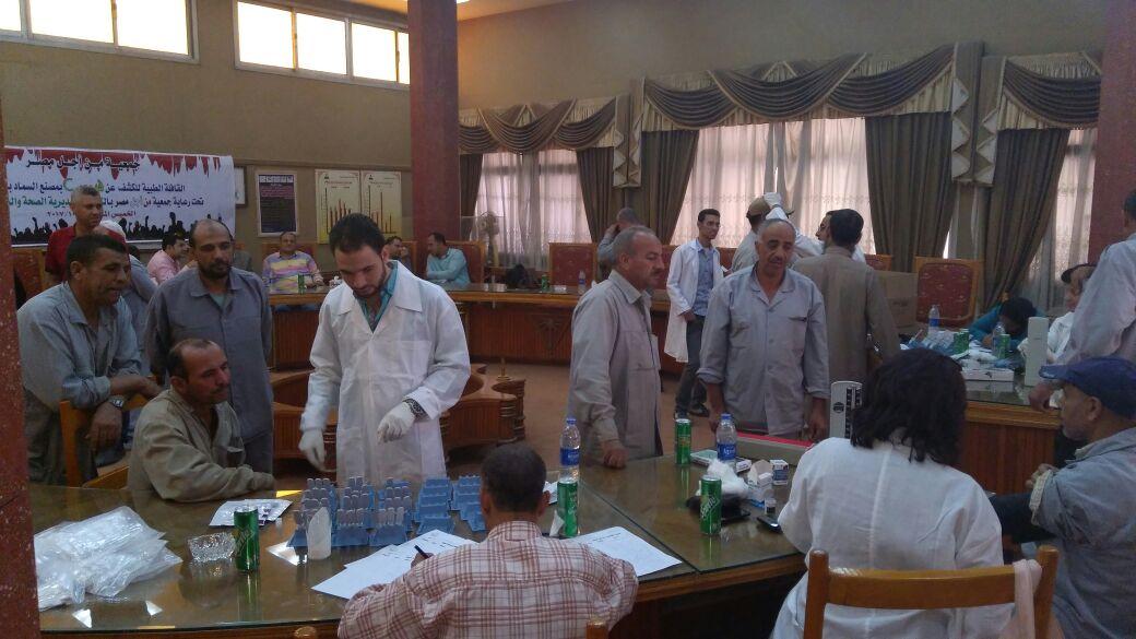 قافلة طبية لجمعية من اجل مصر باسيوط (2)
