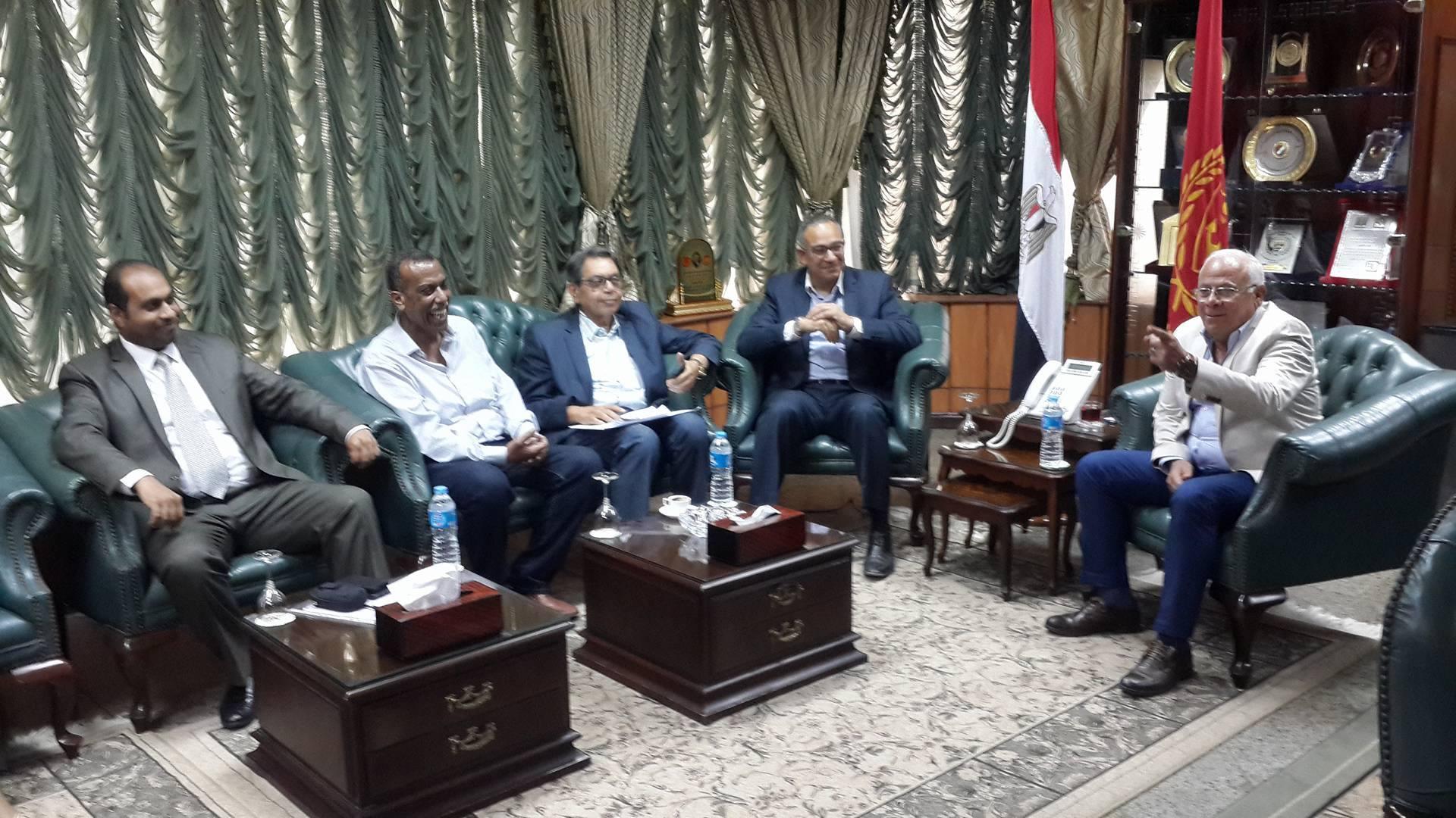 وصول نائب وزير الاسكان لبورسعيد3