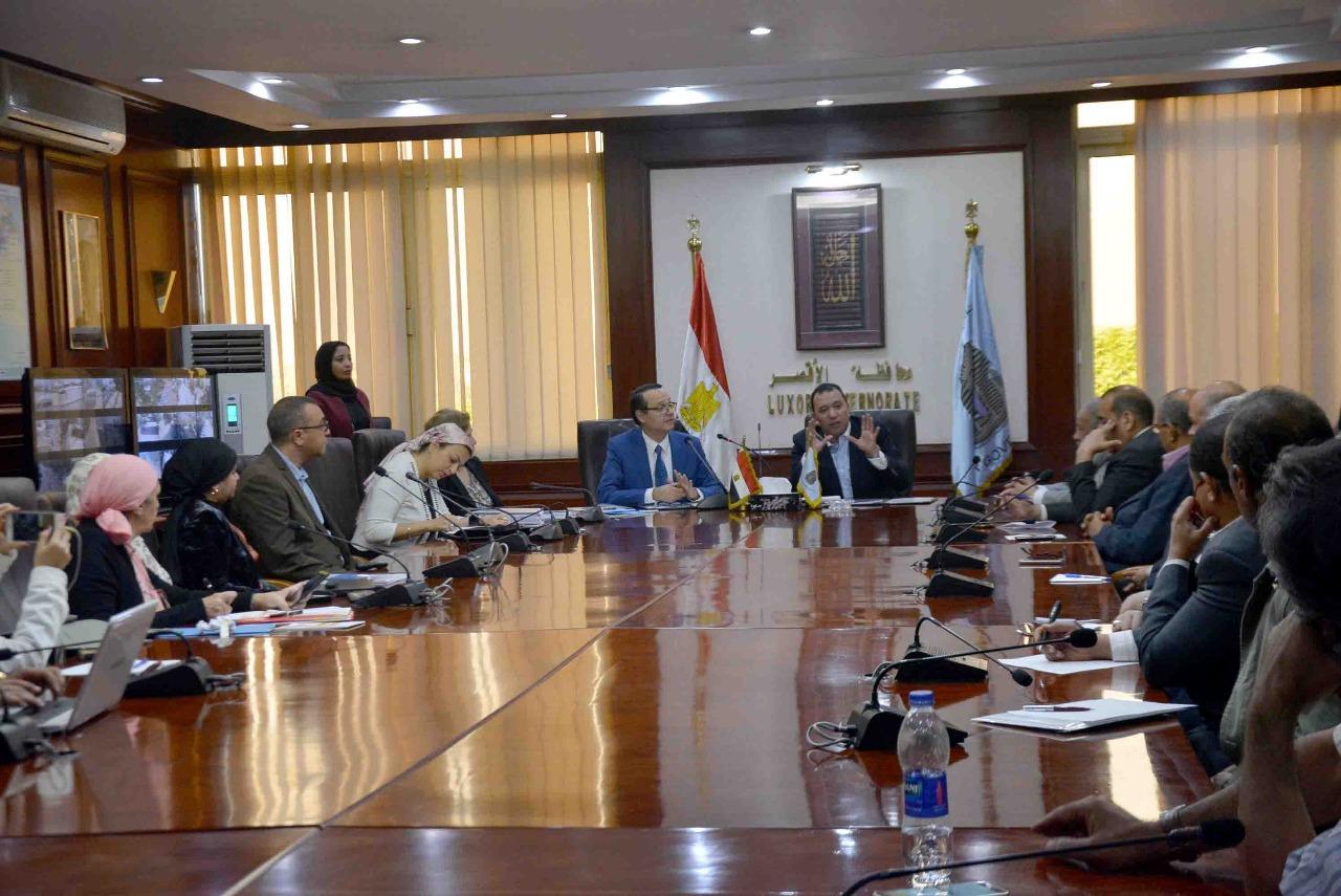 محافظة الأقصر توقع بروتوكول تعاون مع الجامعة الألمانية لتنفيذ مشروعات تنموية  (2)