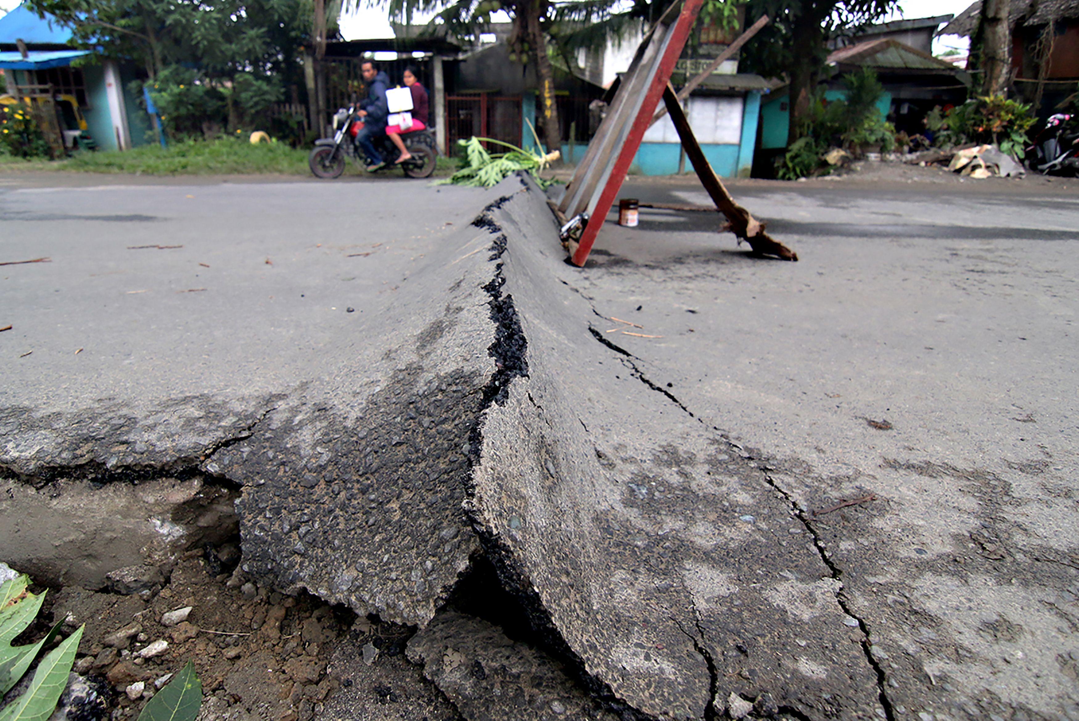 1134172-زلزال-الفلبين-(2)