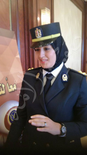 أول ضابط شرطة سيدة (2)