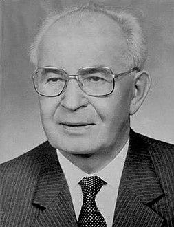 جوستاف هوساك