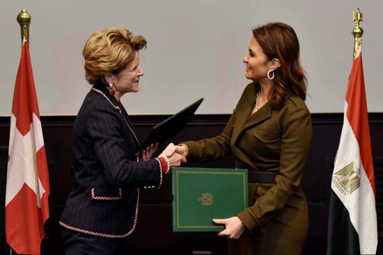 وقعت مصر وسويسرا إعلانا مشتركا تضمن استراتيجية التعاون الجديدة (2)
