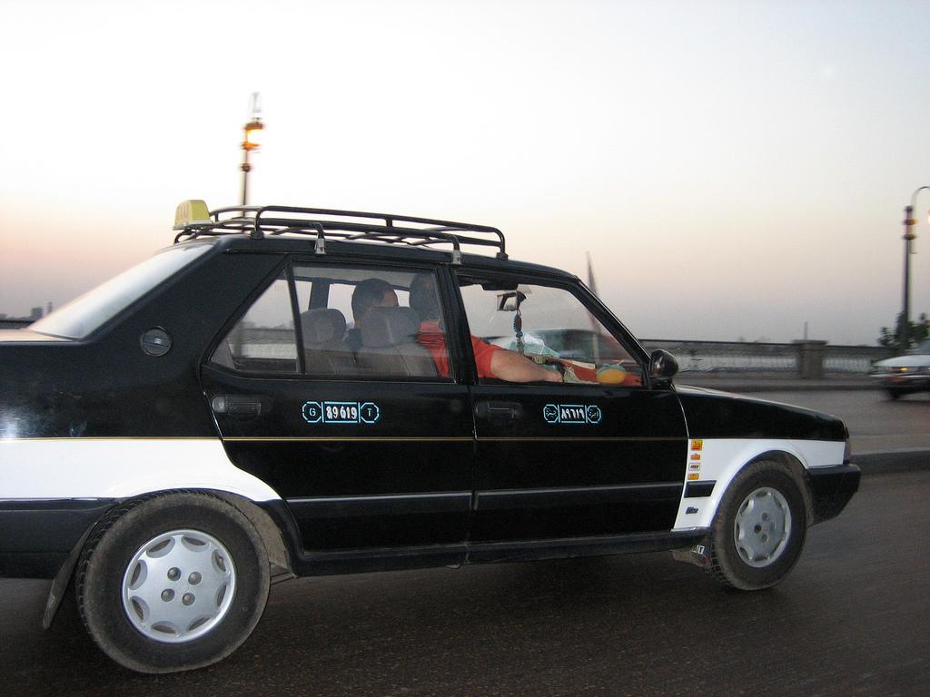 Egyptian_taxi
