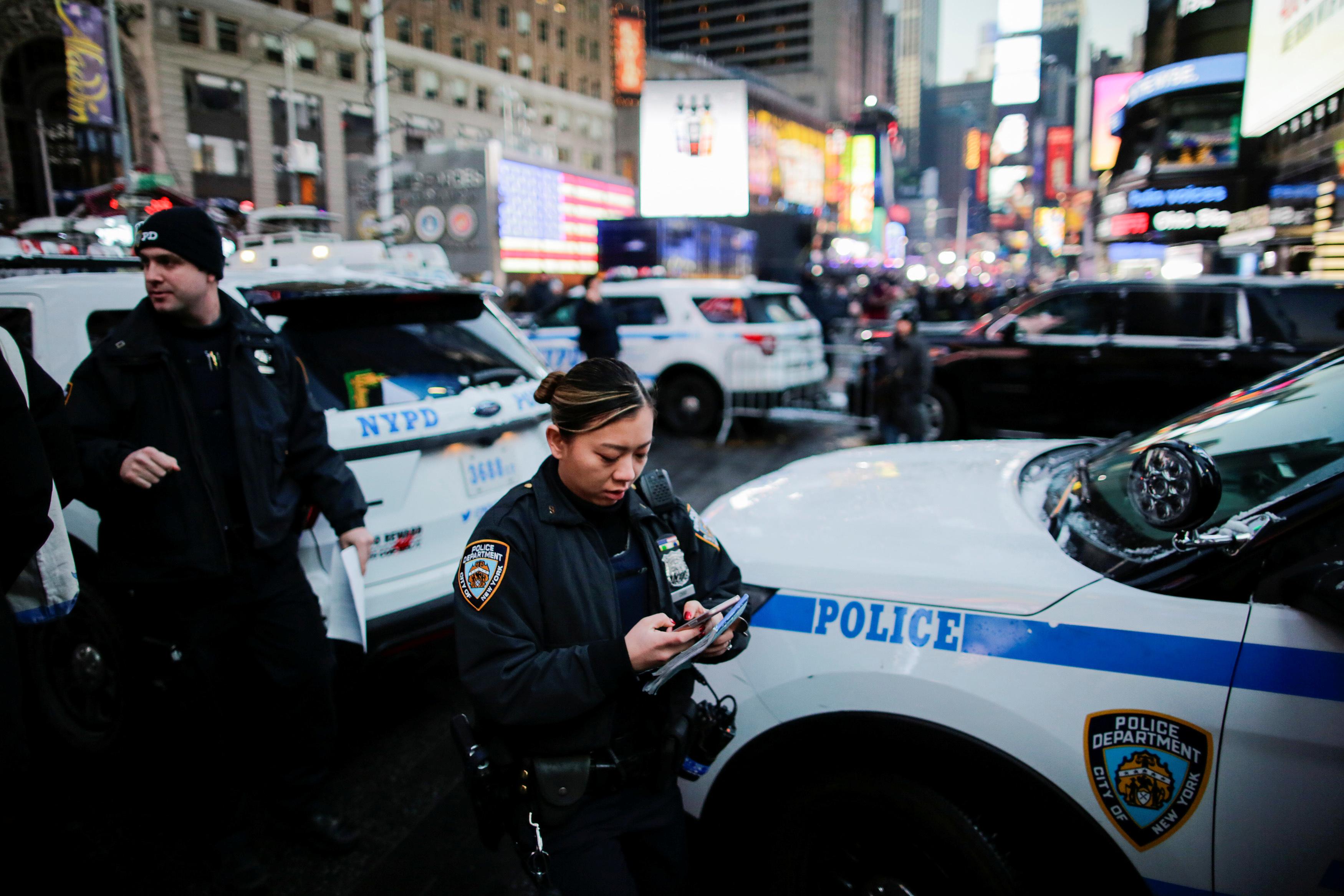 انتشار مكثف لسيارات الشرطة فى نيويورك