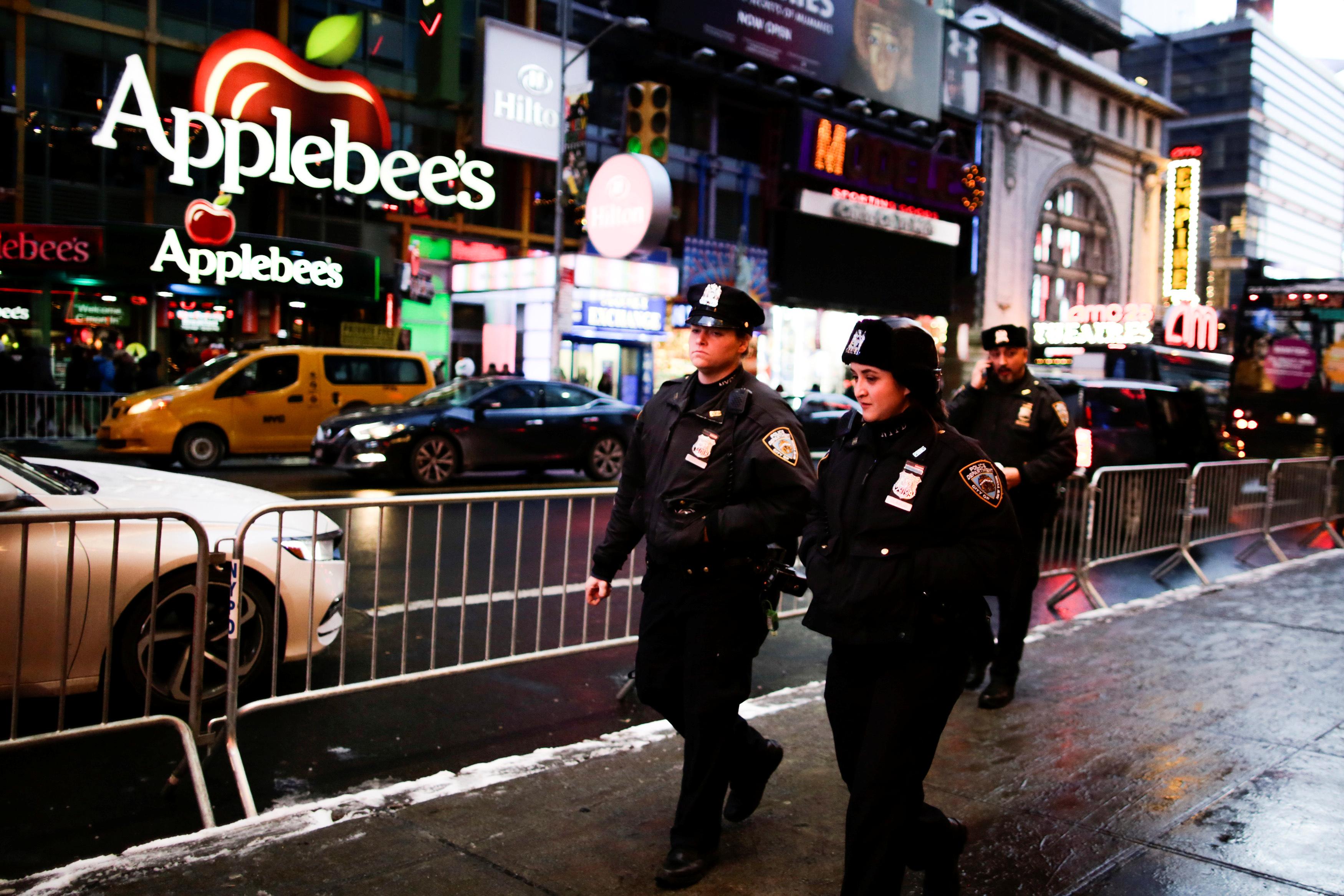 الشرطة الأمريكية تنتشر فى شوارع نيويورك