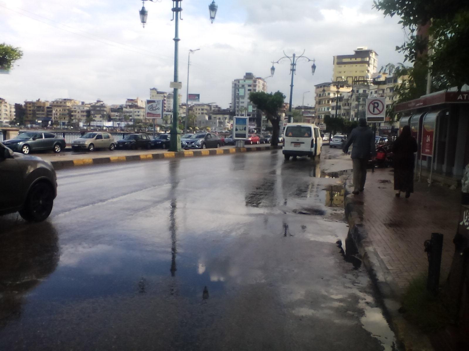 سقوط أمطار غزيرة على مدن دمياط (5)