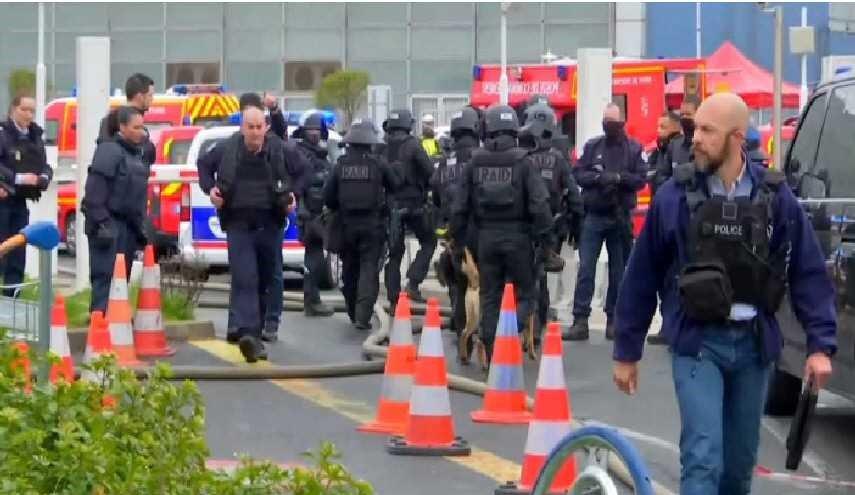 جانب آخر من انتشار قوات الأمن في المطار