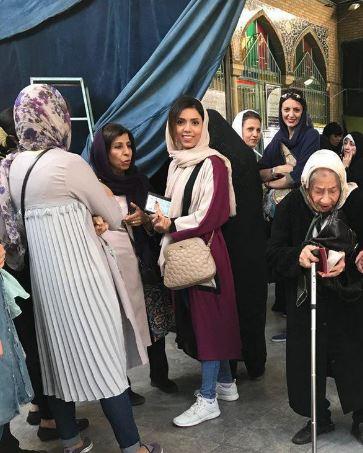 امرأة مسنة في الانتخابات الايرانية