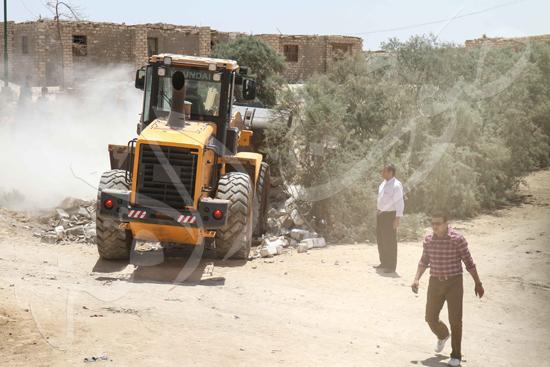 حملة إزالة التعديات على الأراضى بالجيزة (4)