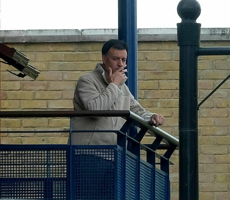 «حزم »تنتقد مطالبة صحيفة بريطانية بتسليم عميد الأسرى الأحوازيين إلى إيران (4)