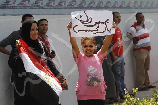 انصار مبارك امام سجن طرة تصوير ماهر اسكندر 22-8-2013 (9) copy