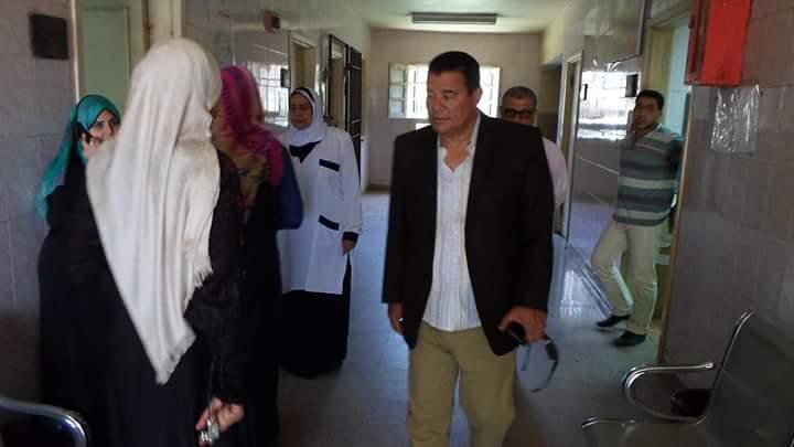 رئيس مركز ومدينة كفر الزيات يحيل 7 أطباء وعاملين للتحقيق (7)