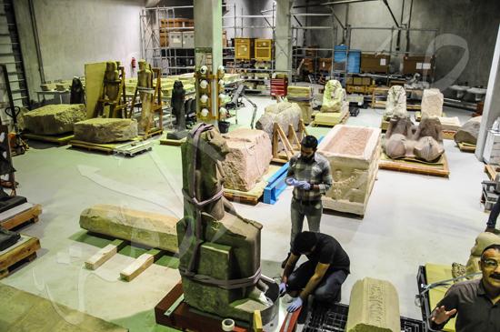 ترميم آثار المتحف الكبير (2)