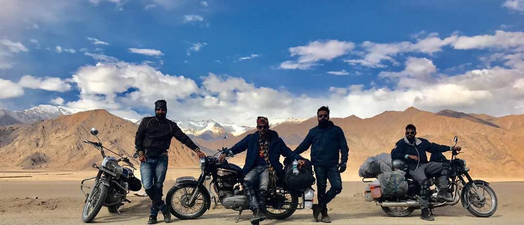 شباب من الهند يشجعوا السياحة (2)