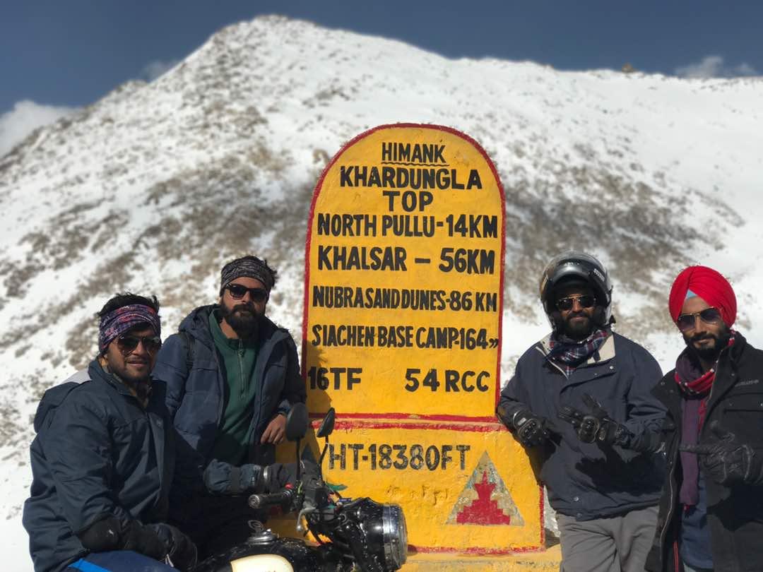 شباب من الهند يشجعوا السياحة (5)