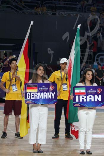 افتتاح كاس العالم للشباب للسلة بحضور الرئيس عبد الفتاح السيسى تصوير حسام عاطف (1)