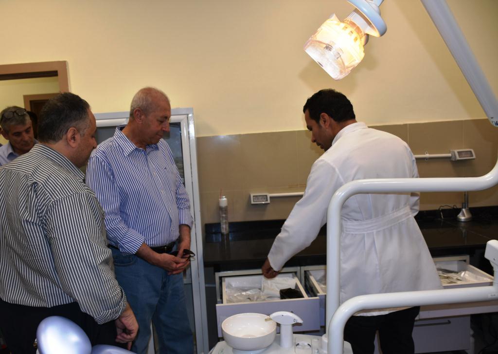 جولة محافظ أسوان بمستشفى أسوان العام (1)