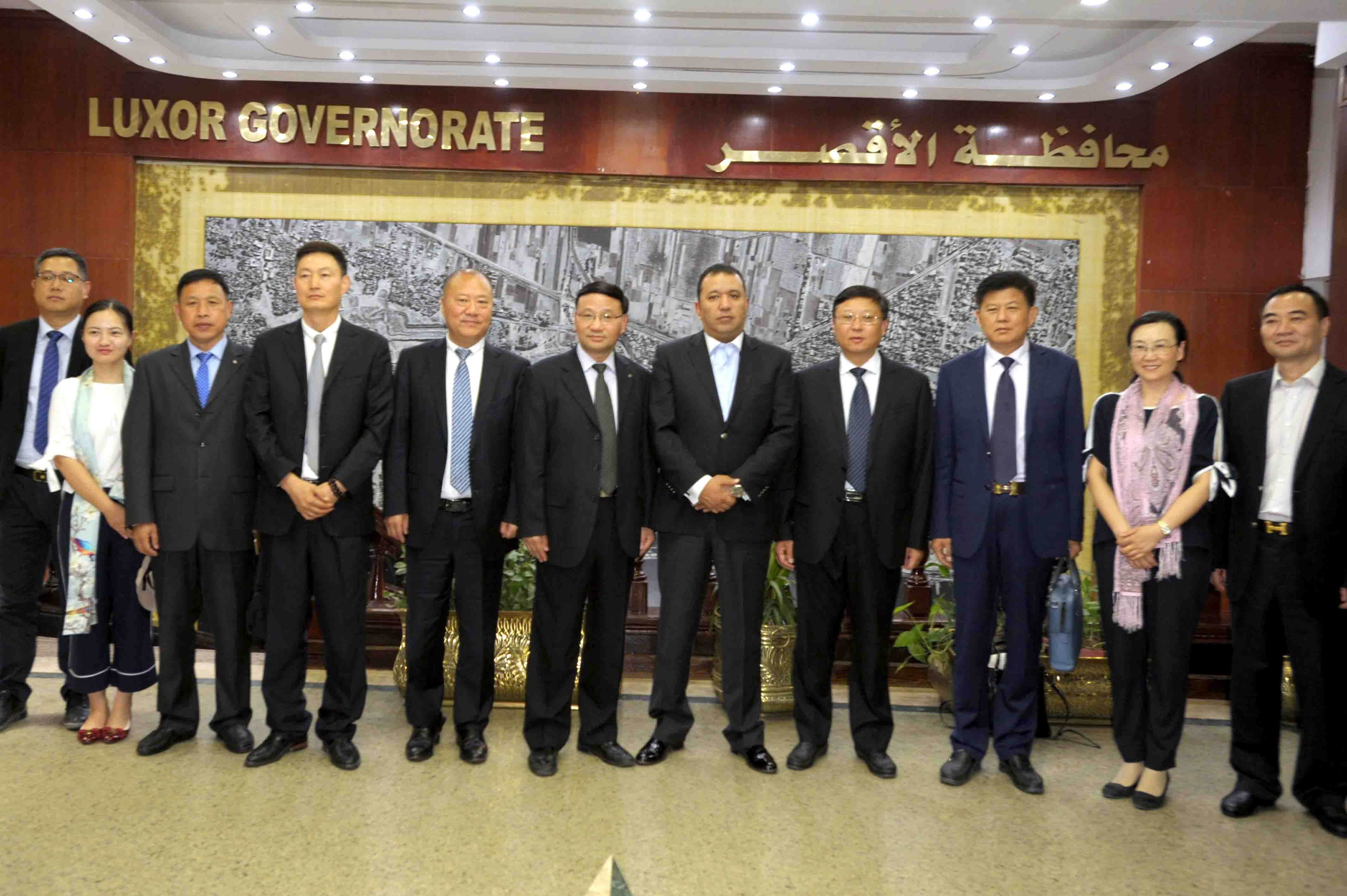 الأقصر توقع إتفاقية تآخي بكافة المجالات مع مدينة يانجشتو الصينية (1)