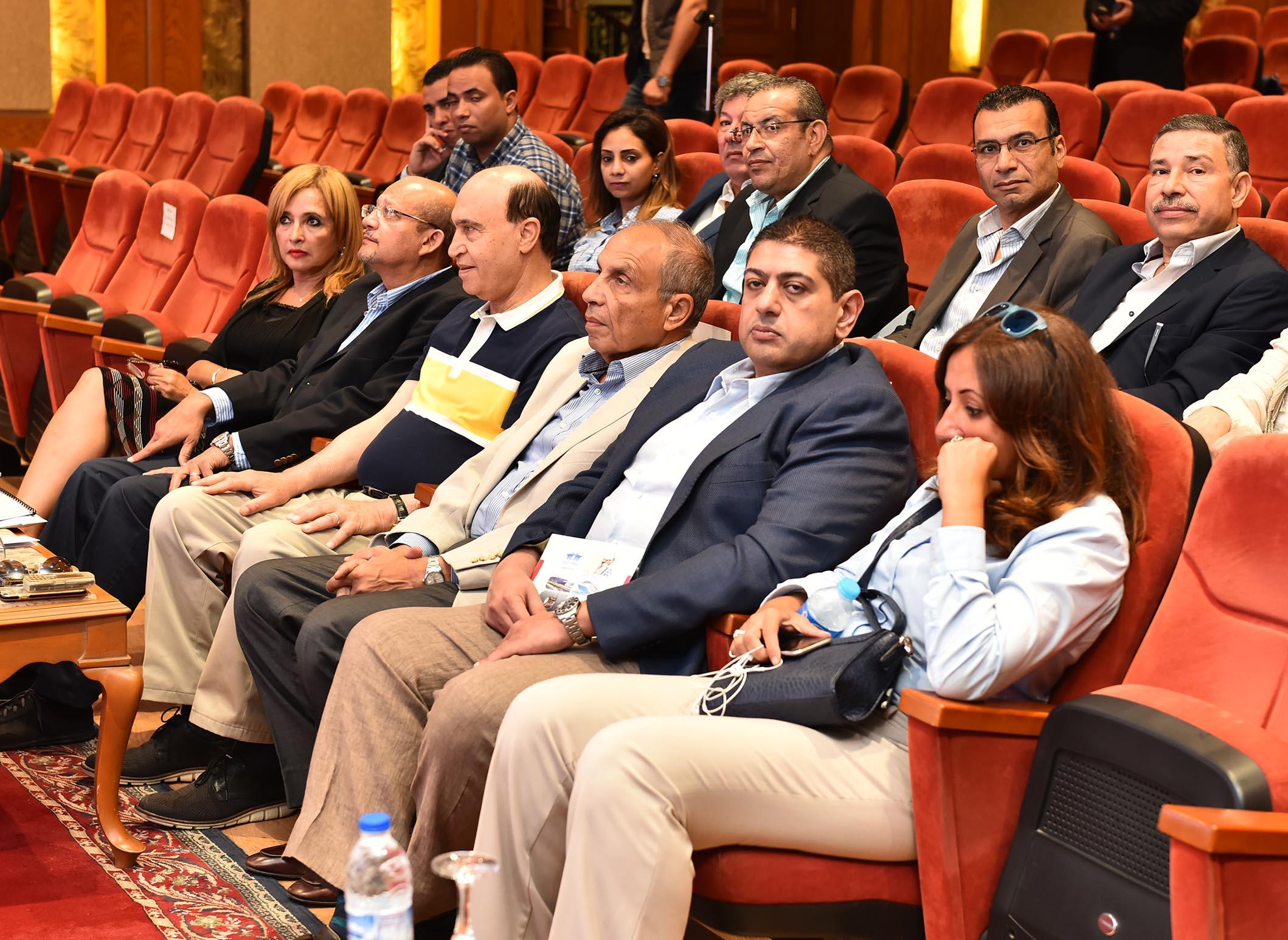 2- جانب من الحضور