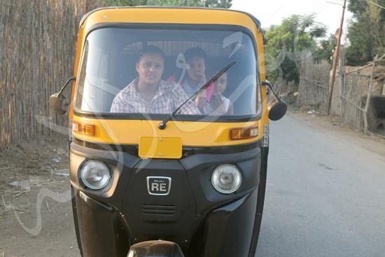 أصغر سائقة توك توك مع محررة صوت الأمة (1)