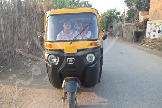 أصغر سائقة توك توك مع محررة صوت الأمة (2)