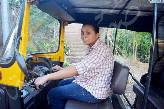 أصغر سائقة توك توك مع محررة صوت الأمة (7)