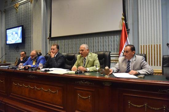 لجنة النقل والمواصلات بمجلس النواب (11)