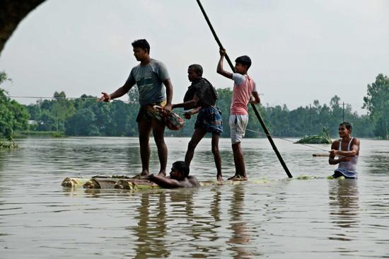 الفيضانات فى بنجلادش