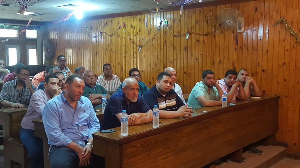 اجتماع رئيس حي الأزبكية (1)