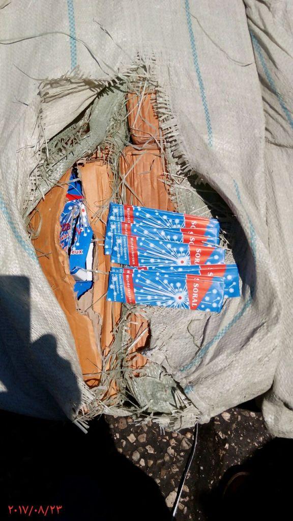 ضبط 400 الف قطعة العاب نارية مهربة داخل حاويتين ببورسعيد (4)