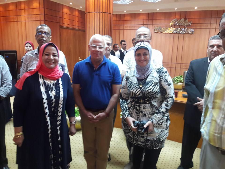 تكريم المحافظ للمعلمين المتميزين ببورسعيد (3)