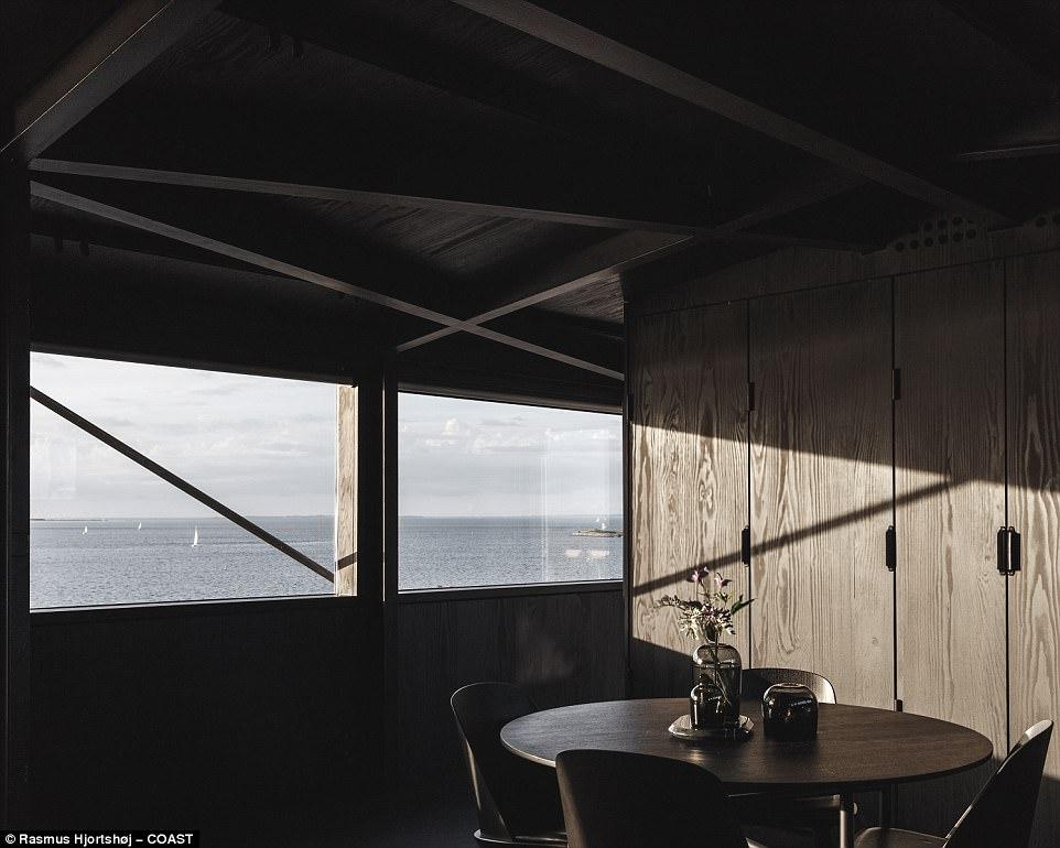 فندق من الفحم (8)