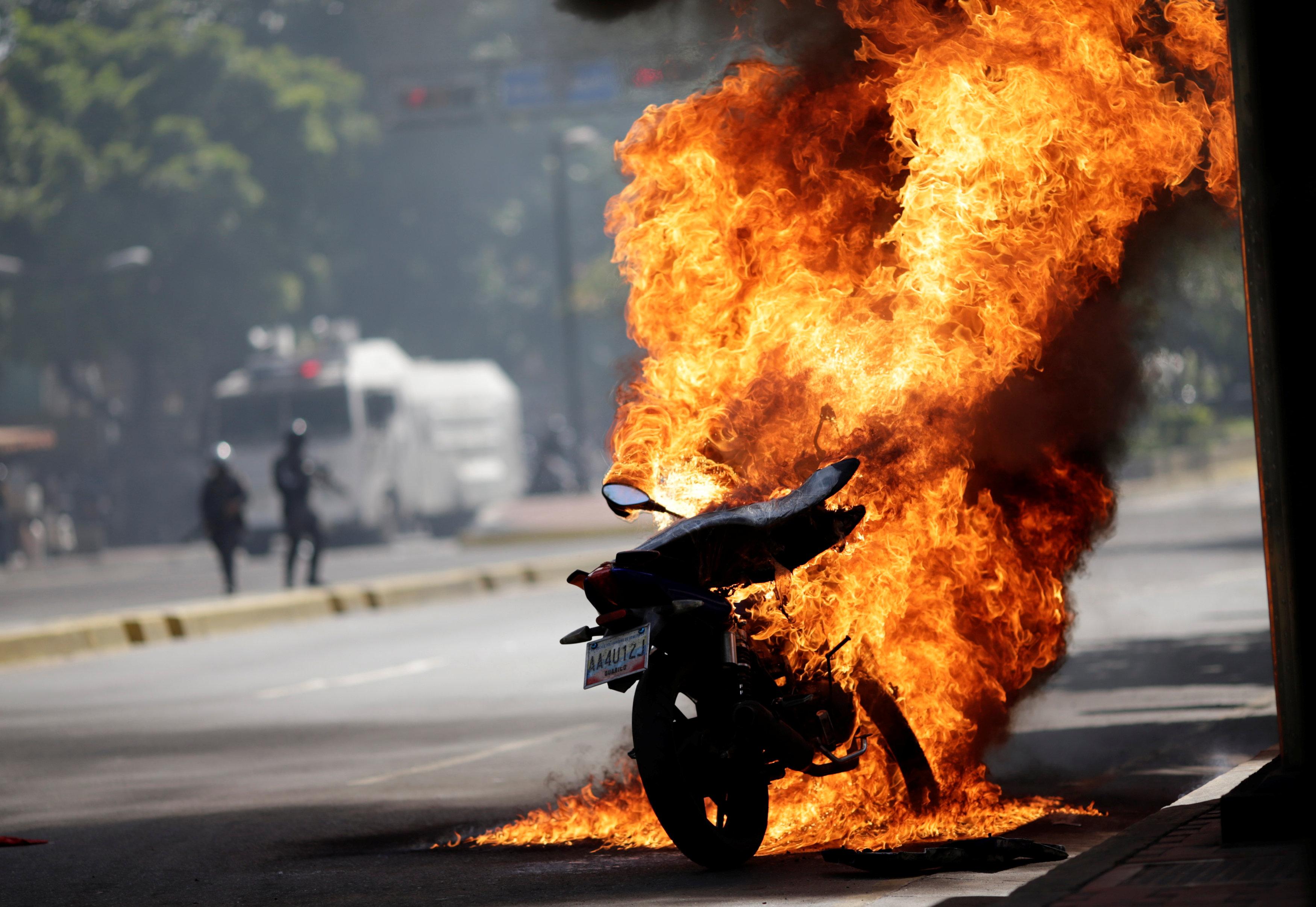 اشتباكات فنزويلا (1)