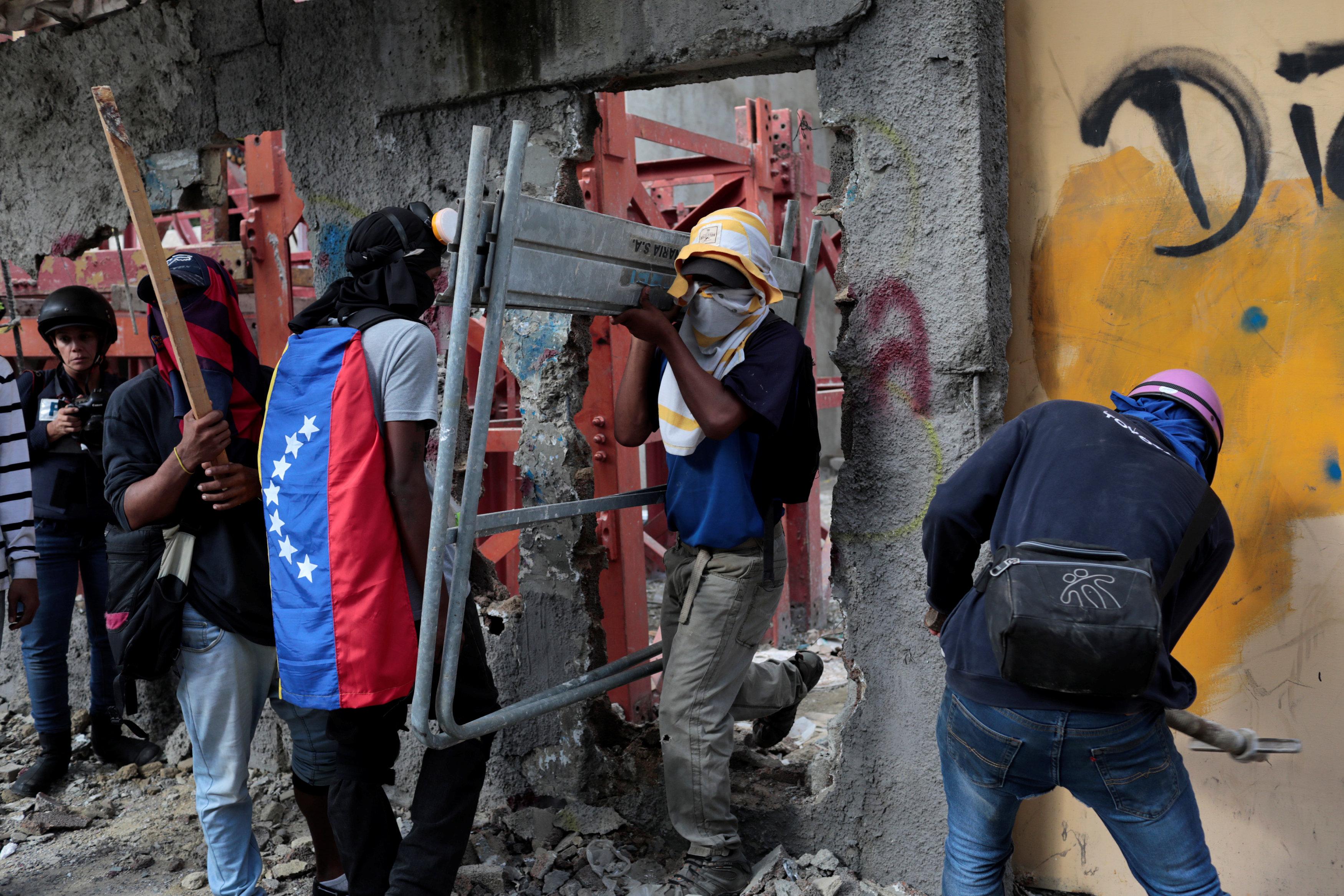 اشتباكات فنزويلا (3)