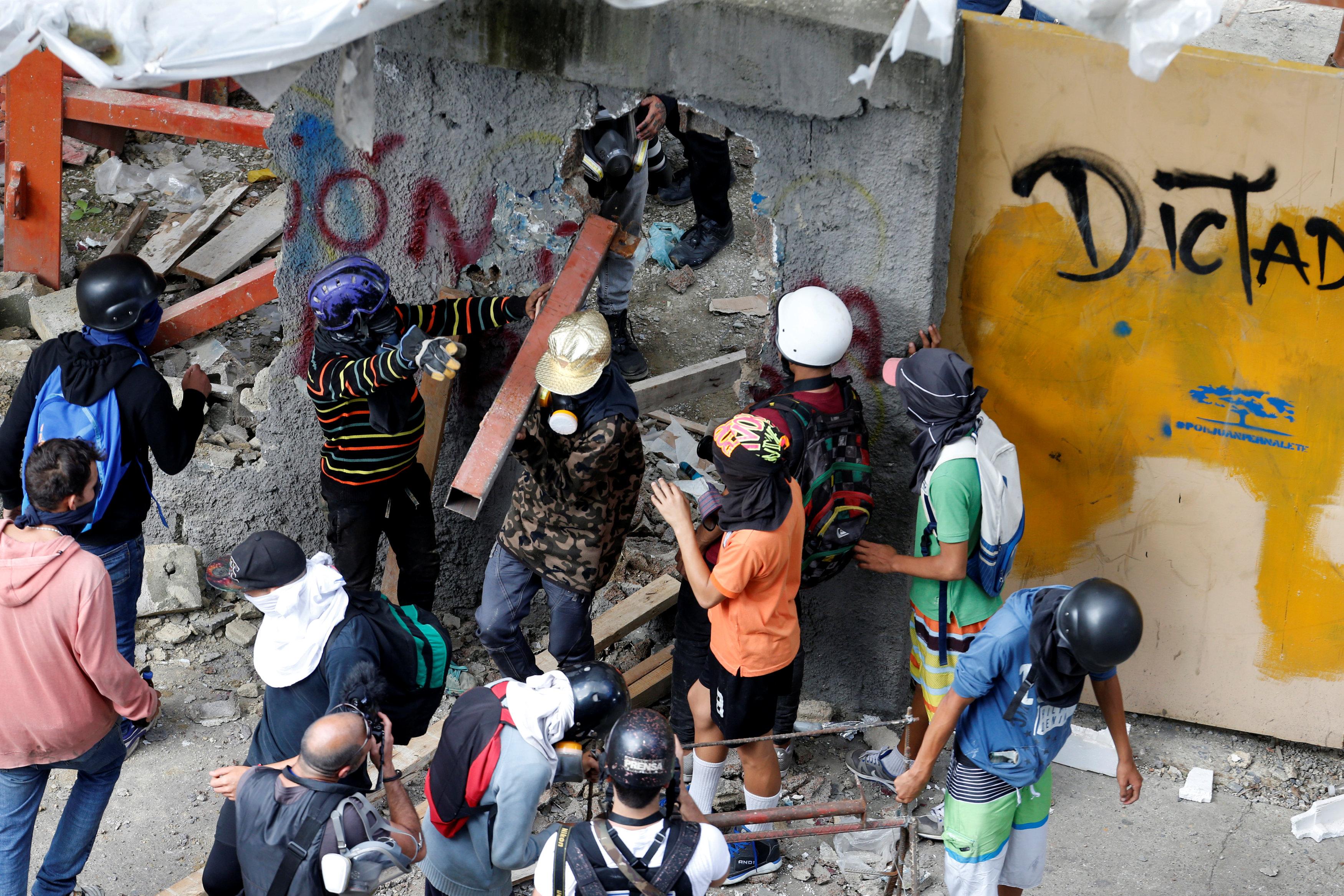 اشتباكات فنزويلا (9)