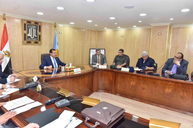 اجتماع لجنة الكوارث والازمات (4)