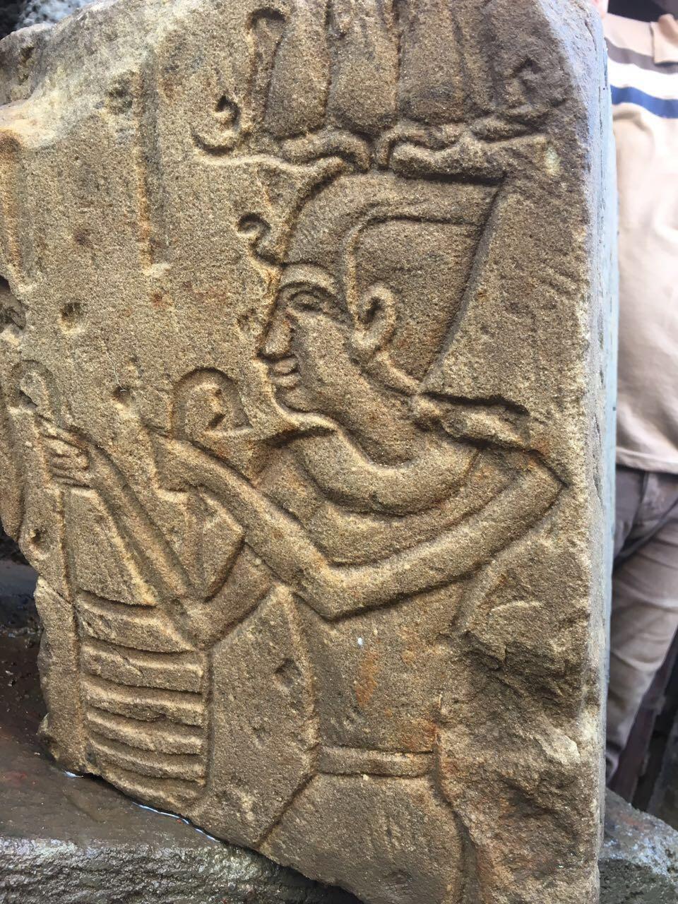 324831-جزء-من-المقبرة-الآثرية