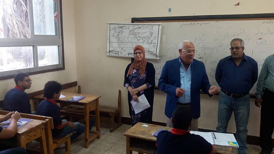 جولة محافظ بورسعيد علي المدارس3