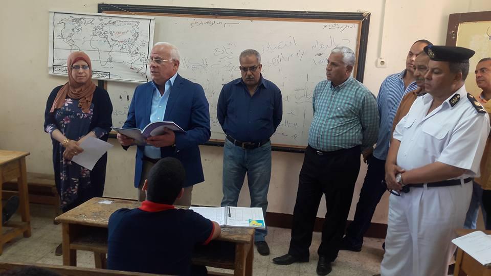 جولة محافظ بورسعيد علي المدارس4