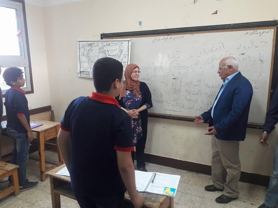 جولة محافظ بورسعيد علي المدارس5
