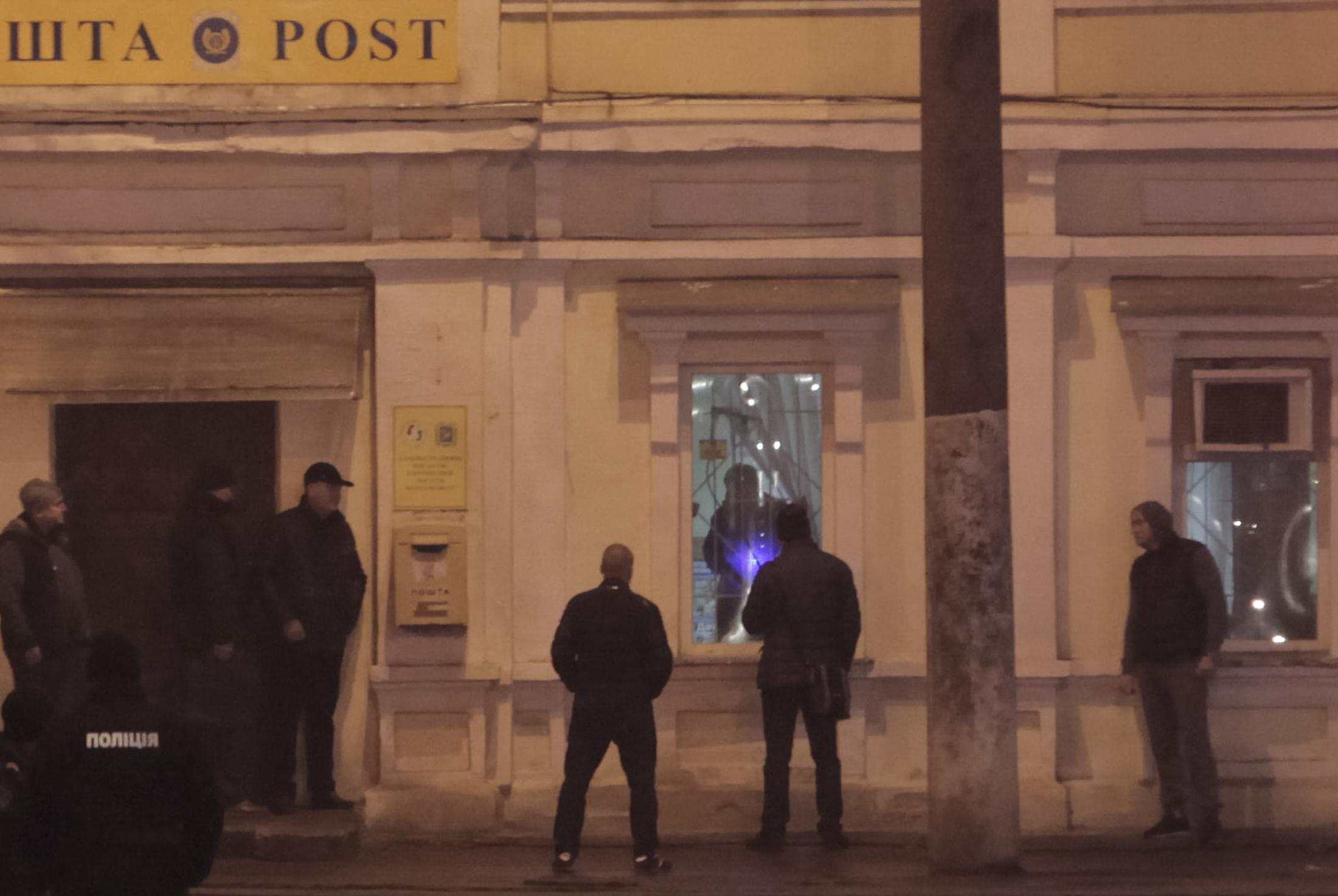 1134766-الشرطة-الأوكرانية-تدخل-لموقع-احتجاز-الرهائن