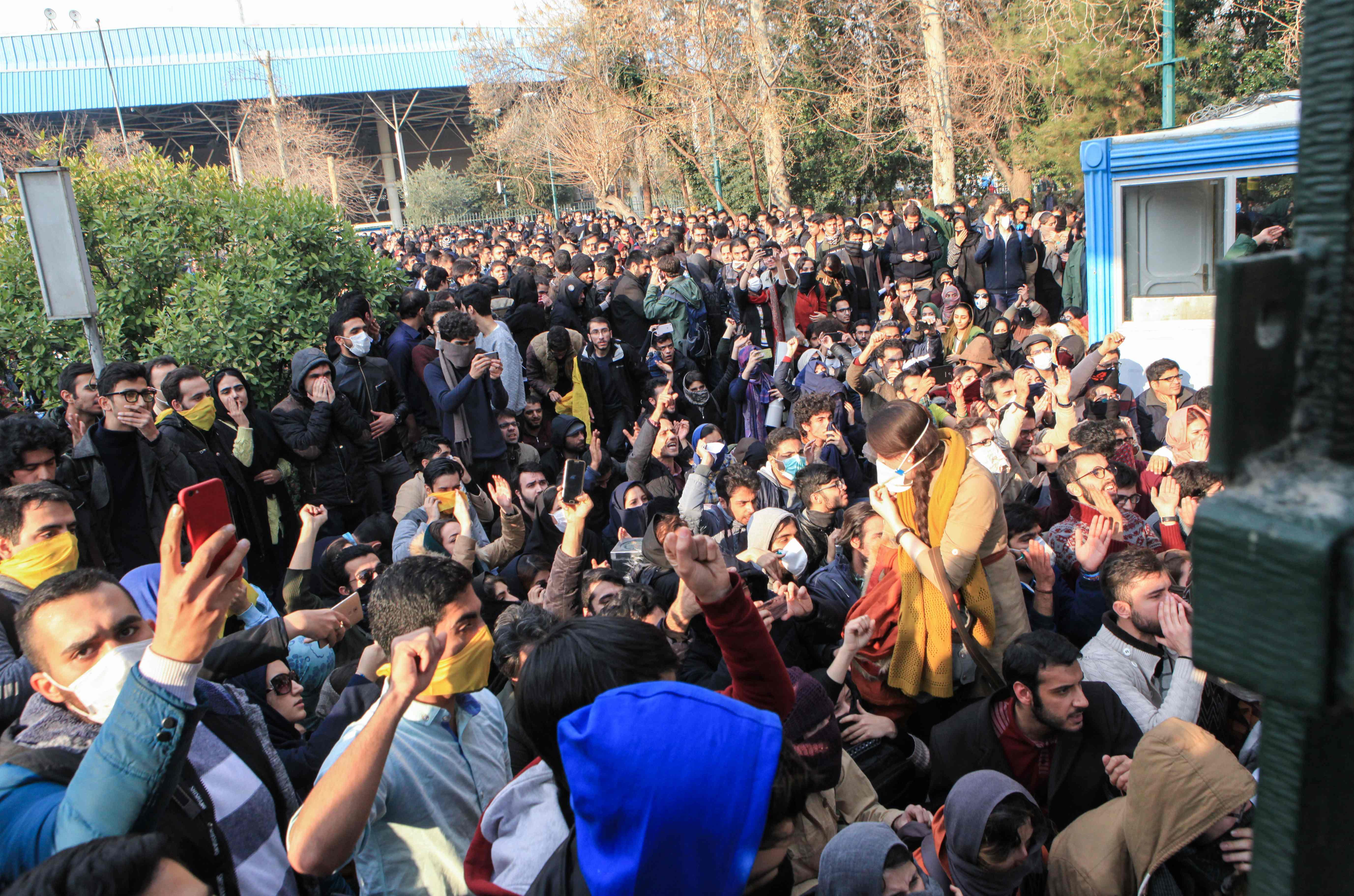 1261940-احتجاجات-ايران