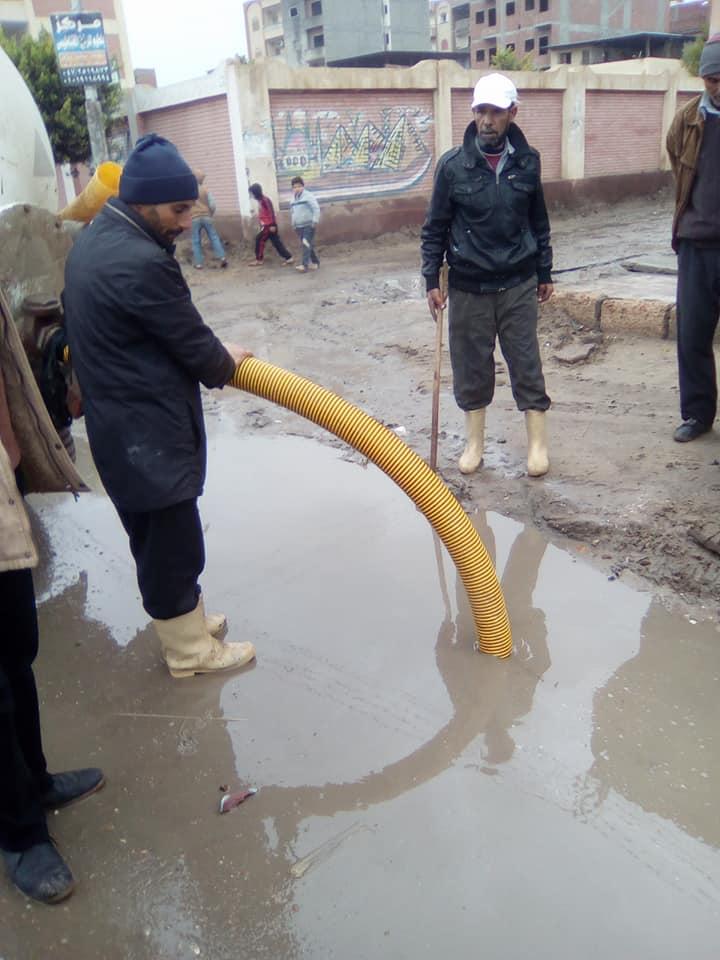 2- جانب من رع مياه الامطار ببلطيم