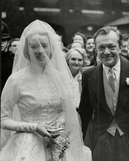 فساتين زفاف من 80 و ال70