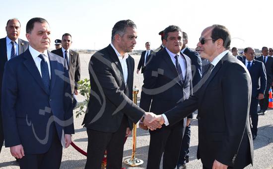 الرئيس عبد الفتاح السيسى يتقدم جنازة جثمان الشهيد ساطع النعمانى ضحية الإرهاب (5)