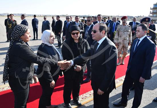 الرئيس عبد الفتاح السيسى يتقدم جنازة جثمان الشهيد ساطع النعمانى ضحية الإرهاب (2)
