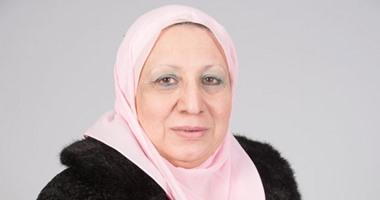النائبة إيناس عبد الحميد وكيل لجنة الشئون الصحية