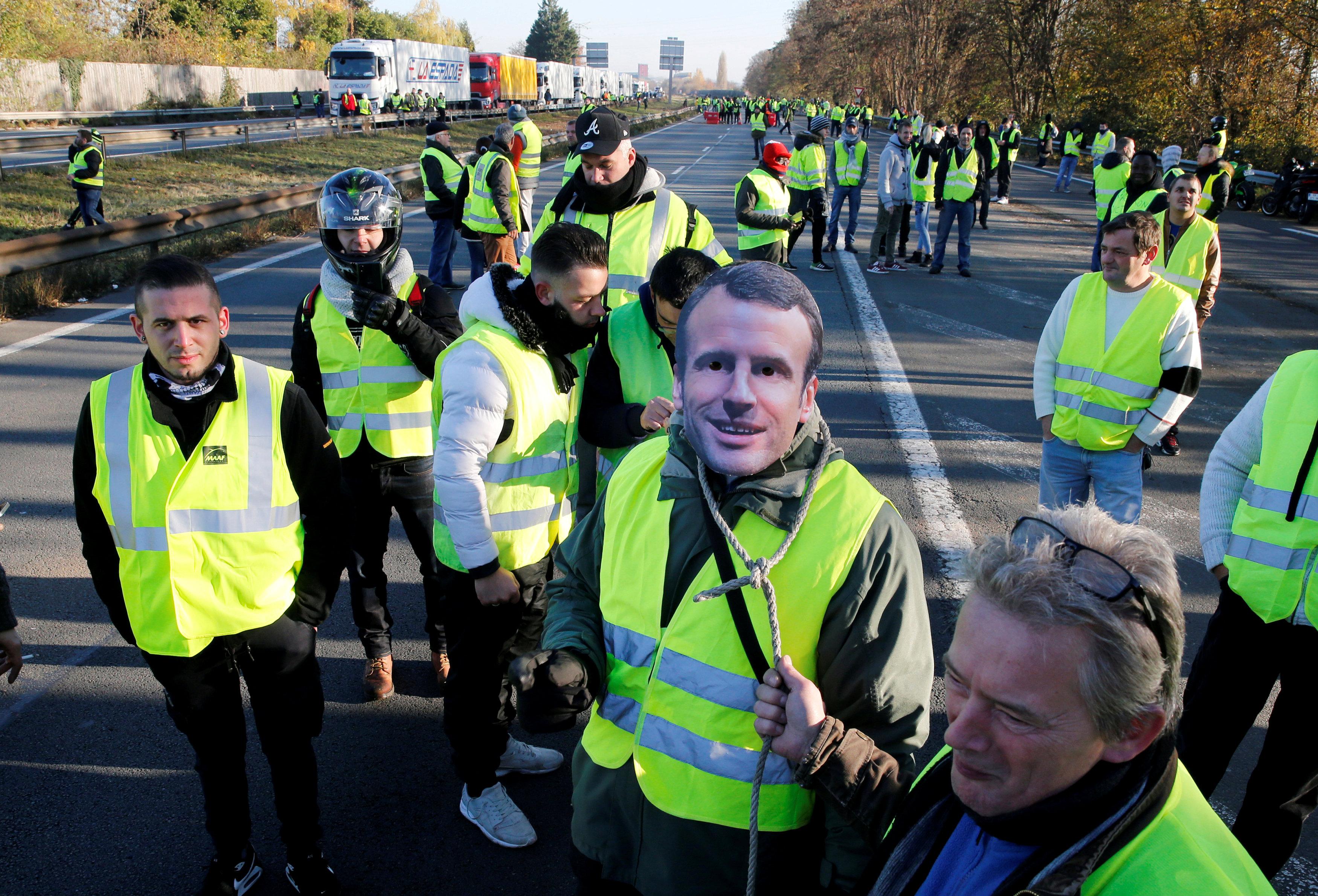مظاهرات فرنسا (5)